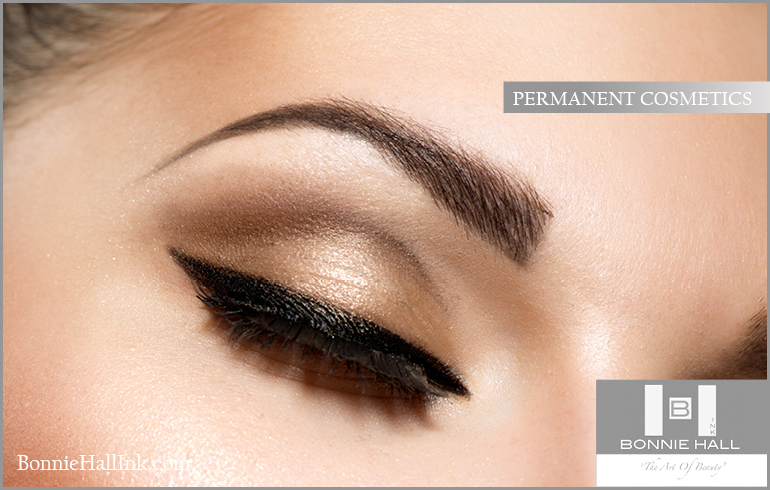 Permanent Makeup subtly re-creates nature to enhance and highlight your eyes andlips.